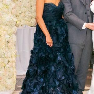 Oscar De La Renta Dark Navy Blue Ball Gown